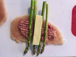 Asperagus corned beef stuffed chicken 5